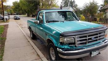 1999 Ford F-150 with Western Snowplow 6 cyl auto