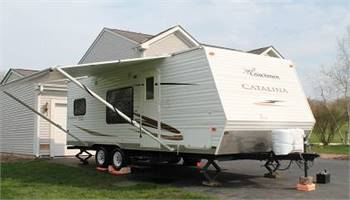 Single Slide Coachman Catalina 24Foot White 2010 21BH