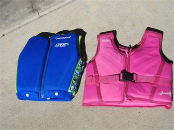 2 small life vests for children